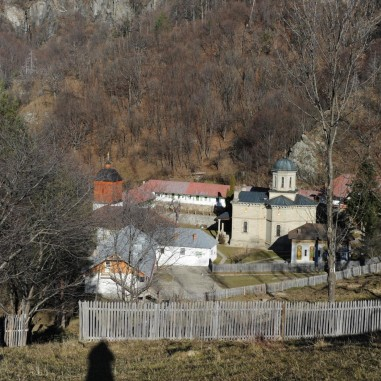 Mănăstirea Stânișoara